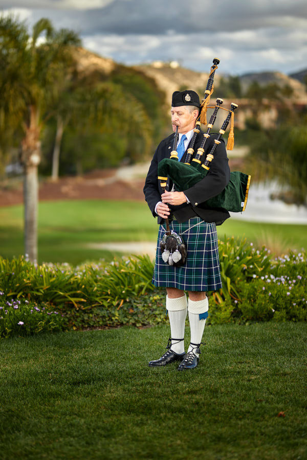 bag pipes, kilt, wedding bag pipes