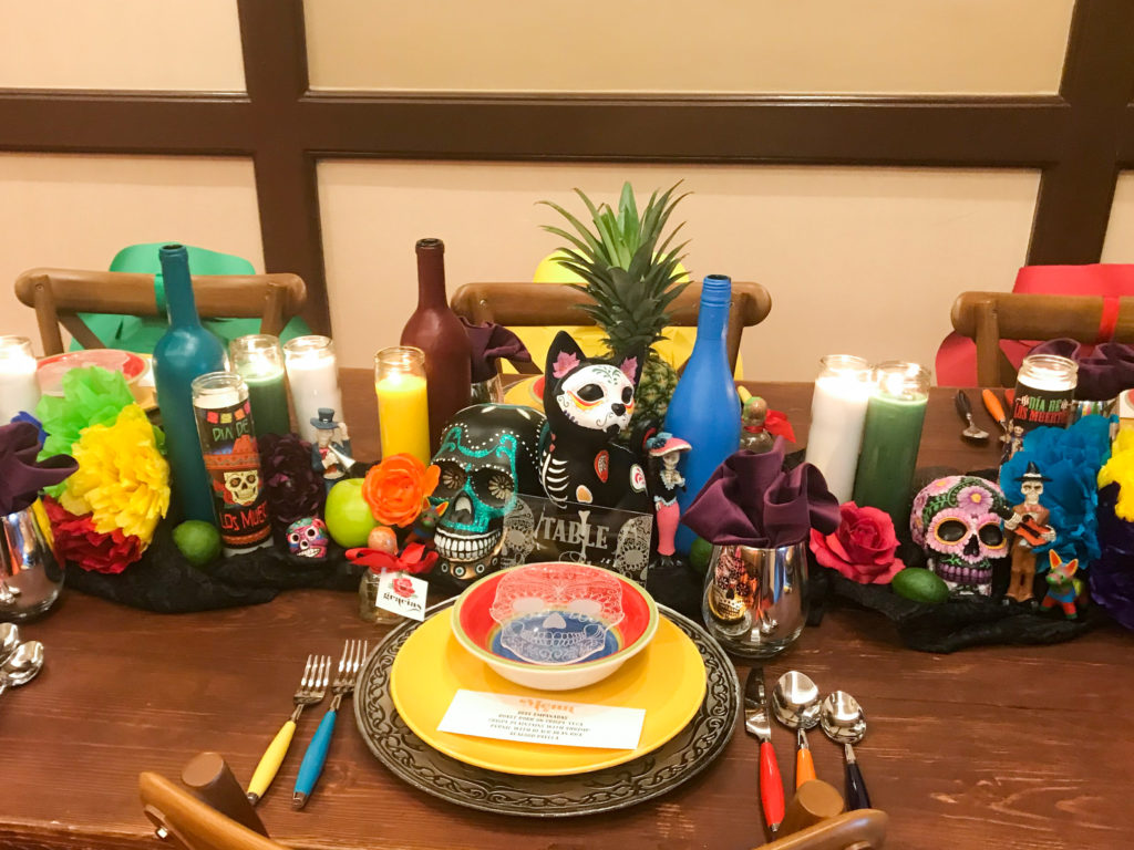 dia de los muertos table setting, sugar skull table setting, day of the dead table setting, fiesta